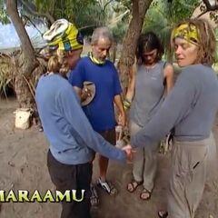 Maraamu praying for a victory.