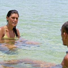 Tai and Michele make amends.