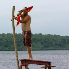 Sarge competing in the first Individual Immunity.
