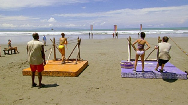 File:22x06 beach balls challenge.jpg