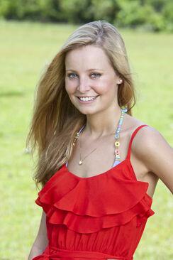 S26 Laura Alexander