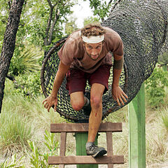 Stephen competes in the Immunity Challenge, <i><a href=