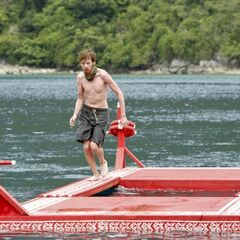 Cochran competes in the Immunity Challenge.