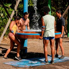 Sele competes in the Immunity Challenge, <i><a href=