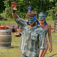 J.T. and Amanda compete in the Immunity Challenge.