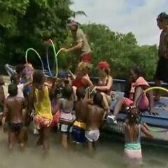 Casaya arrives the Panamanian village.