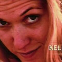 Kelly's shot in the <a href=