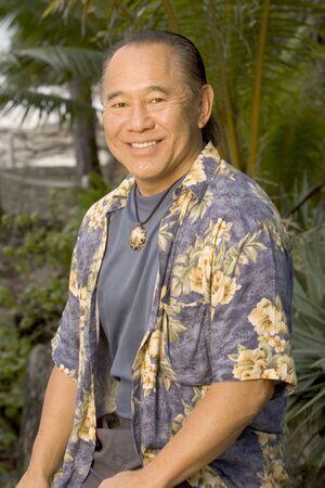 S12 Bruce Kanegai
