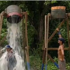 Rob with Alicia losing the Immunity Challenge.