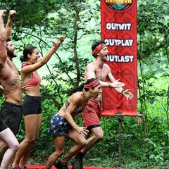 The Contenders tribe win immunity.