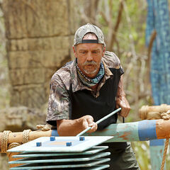 Keith competes in the Immunity Challenge.