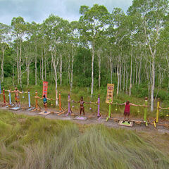 Dara competing in <i>This Much</i> for immunity.