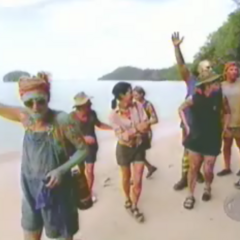 The contestants living on the same beach.