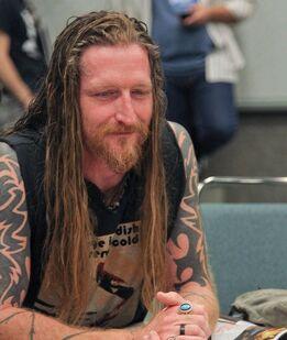 Andy Mackenzie-CSH-066749