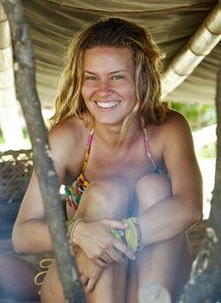Survivor-Abi-Maria-Gomes
