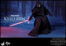 Kylo Ren Hot Toys 04