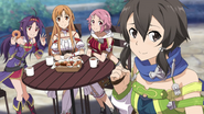 Sinon eating with Asuna, Yuuki, and Lisbeth