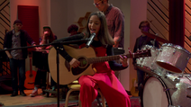 S2E7 Sydney doing her musical performance