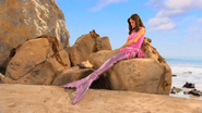 640px-Pair of Kings Mermaids 16
