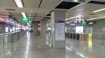 Shenzhen Metro Line 1 Xiangmihu Sta Concourse 20180612.jpg