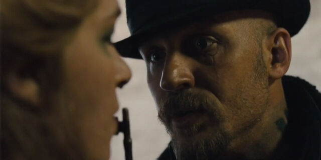 File:Taboo-Caps-1x01-12b-James-threatening-Helga.jpg