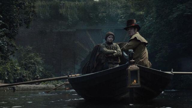 File:Taboo-Caps-1x06-19-Robert-Cholmondley-on-Ship.jpg