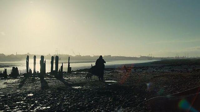 File:Taboo-Caps-1x01-16-Docks.jpg