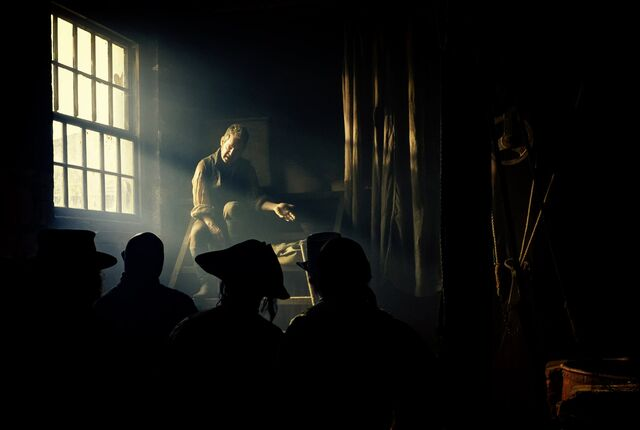 File:Taboo-Still-S1E06-02-Cholmondeley.jpg