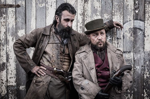 File:Taboo-Still-S1E08-15-French-Bill-And-Atticus.PNG