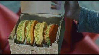 The Gift of the Season - National Taco Day $5 Gift Set (Commercial) Taco Bell
