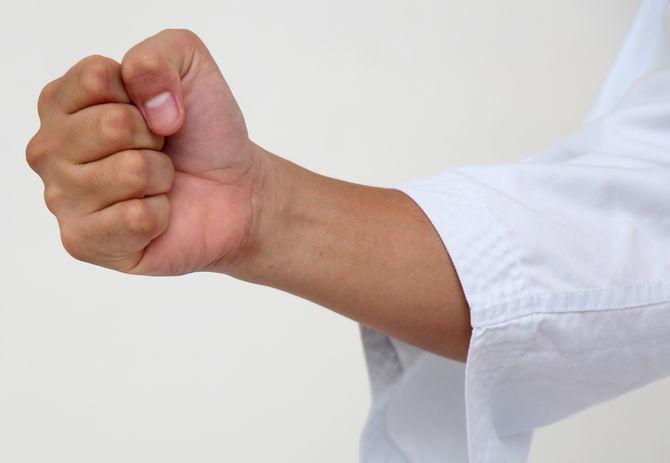 Technique of fisting