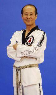 Chong Soo Lee older