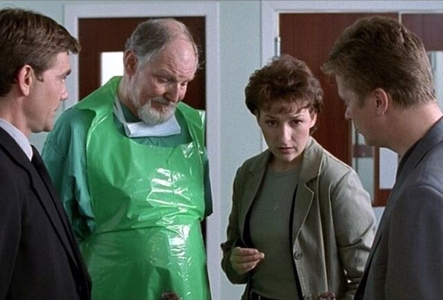 File:The Taggart team with Dr Andrews in Fearful Lightning.jpg