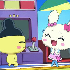 Lovelitchi being impressed by Mametchi