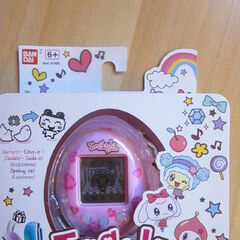 Close up of Tamagotchi Friends packaging