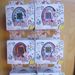 All six Tamagotchi Friends in packaging