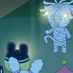 Mametchi and his friends encountering Ms. Houtaiko in the school at night