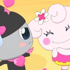 Kuromametchi being fawned over by <a href=