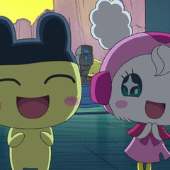 Mametchi and Hero Lovelin smiling.