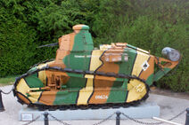 1024px-Renault FT17 IMG 8414