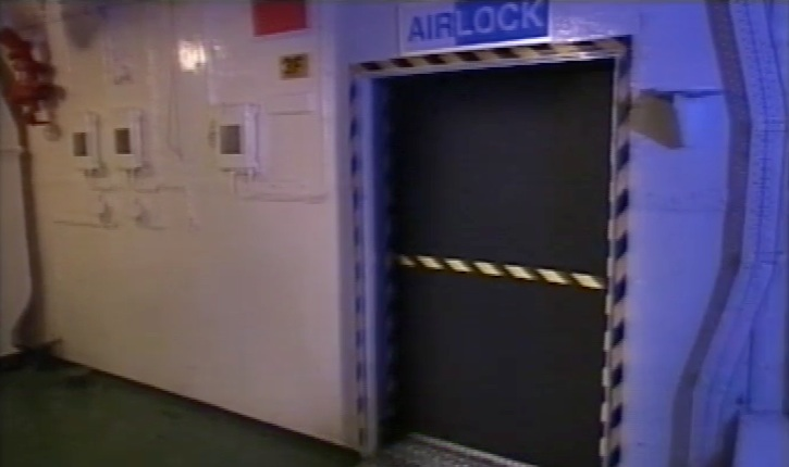 Airlock on Tiger Moth & Airlock   Tardis   FANDOM powered by Wikia
