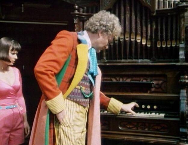 File:TARDIS organ.jpg