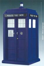 DWFC SP 1 TARDIS figure