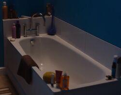 Moira's flat bathroom 1
