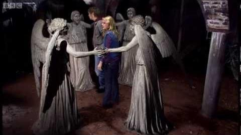 Video - The Weeping Angels attack! - Doctor Who - Blink ...