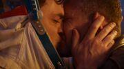 Adam Jake kiss-Praxeus