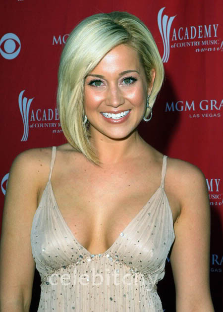 sexiest-pictures-of-kellie-pickler-caren-dejo-porno-fotos