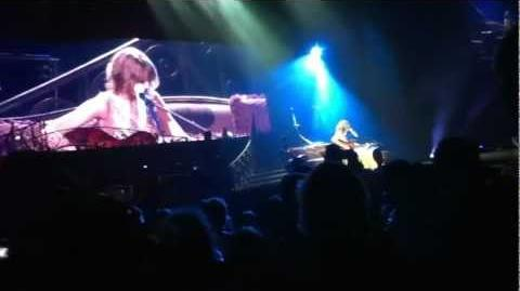Eyes Open (Live Acoustic World Premiere) - Taylor Swift, Auckland, New Zealand March 17, 2012