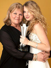 Andrea swift daughter.jpg