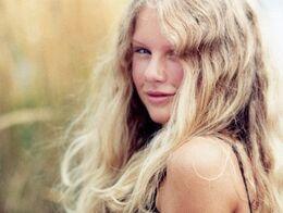 Teenage-Taylor